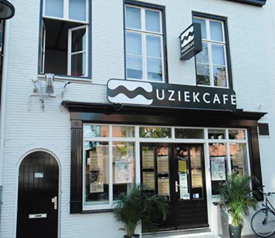 Muziekcafe-Helmond-bew