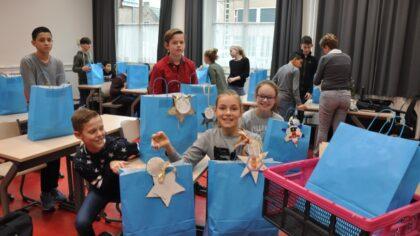 Jan van Brabant college Molenstraat en haar speciale kerstmanden-actie
