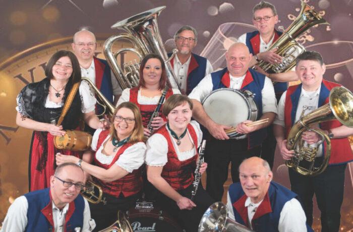 Oudjaarsconcert door de Heidefelder Muzikanten mmv Blaaskapel Navenant