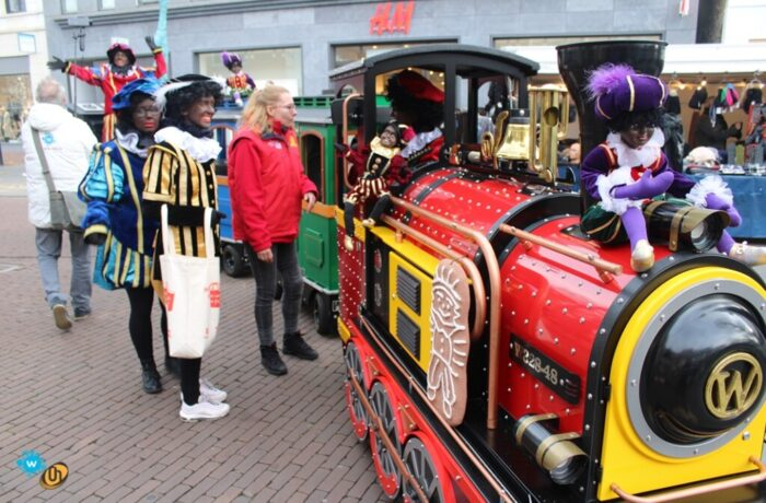 Helder Helmond koestert Zwarte Piet in Helmond