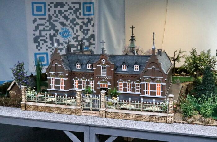 Maquette van Zustersklooster vanuit Stadsgalerij Helmond naar Zorgcentrum Alphonsus