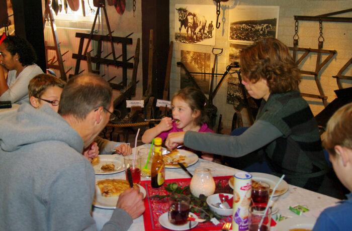 Pannenkoeken eten in het Jan Visser Museum