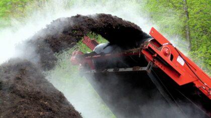 Oktober compostmaand: gratis compost bij de milieustraat