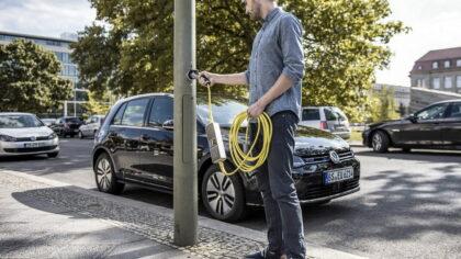 VVD Motie 'Beleidsregel oplaadpunten elektrisch vervoer' met grote meerderheid aangenomen.