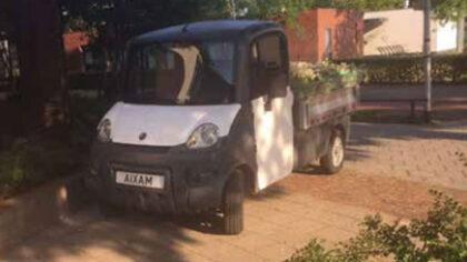 Wijkraad Helmond-Oost zet de bloemetjes buiten met nieuwe wijkkar