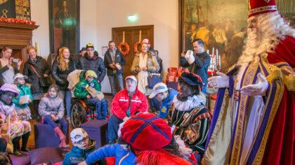 Het Kasteel van Sinterklaas verbindt