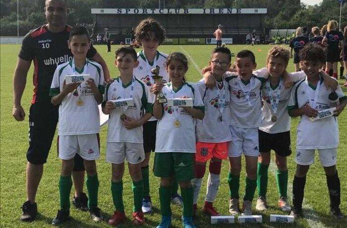 Basisschool De Rank komt uit in landelijk voetbaltoernooi