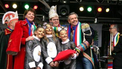 Stadssleutel overdracht en Carnaval 2020 is geopend.
