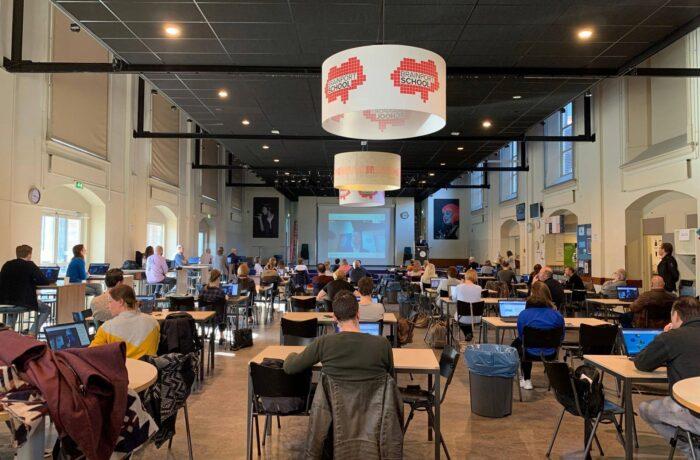 Stoomcursus Jan van Brabant College voor 'onderwijs op afstand'