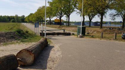 Gemeente Helmond sluit toegangswegen naar Berkendonk