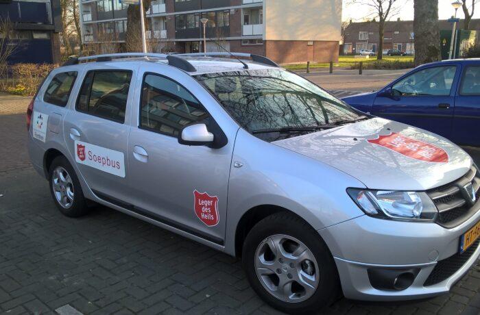 Soepbus Leger des Heils terug op drie plaatsen in Helmond