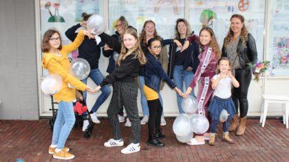 Kinderen verspreiden geluk in Helmond