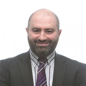 Fractievoorzitter Duran Kurumli van de PvdA stopt ermee