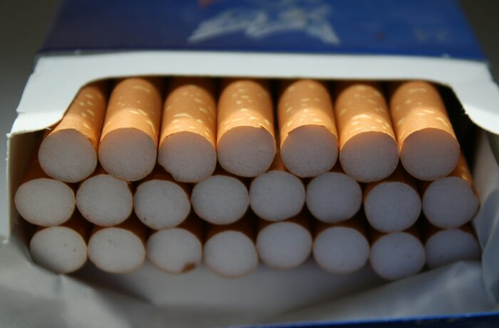 250.000 illegale sigaretten aangetroffen in vijf bedrijfspanden