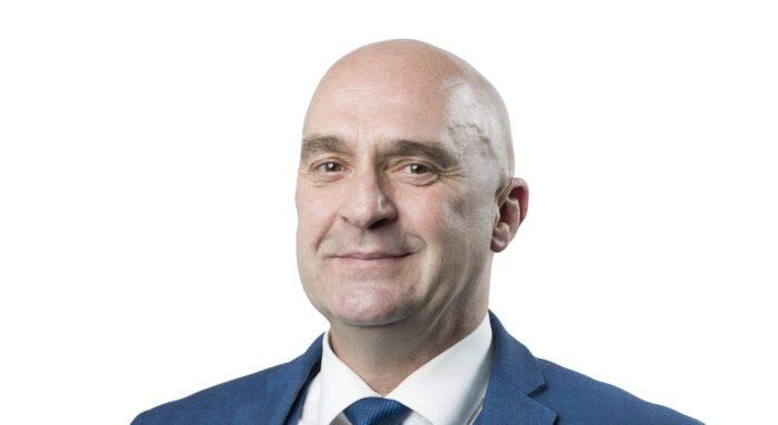 D66-raadslid Stef Stevens in ziekenhuis na hartaanval