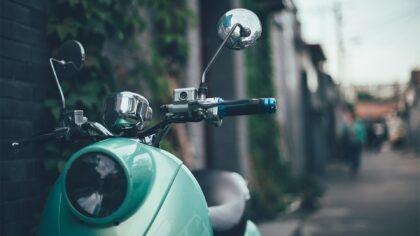5 tips om veilig op je brommer te rijden