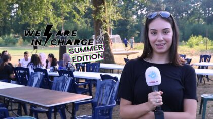 Jongeren trappen We Are In Charge Summer Edition af