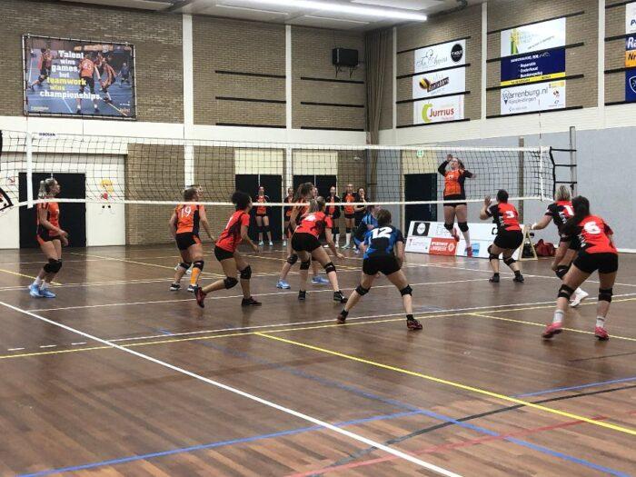 Competitie start Polaris volleybalsters veelbelovend