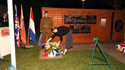 Mierlo-Hout herdenkt 76 jaar bevrijding