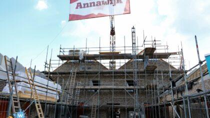 Annawijk viert hoogste punt van nieuwe sociale huurwoningen