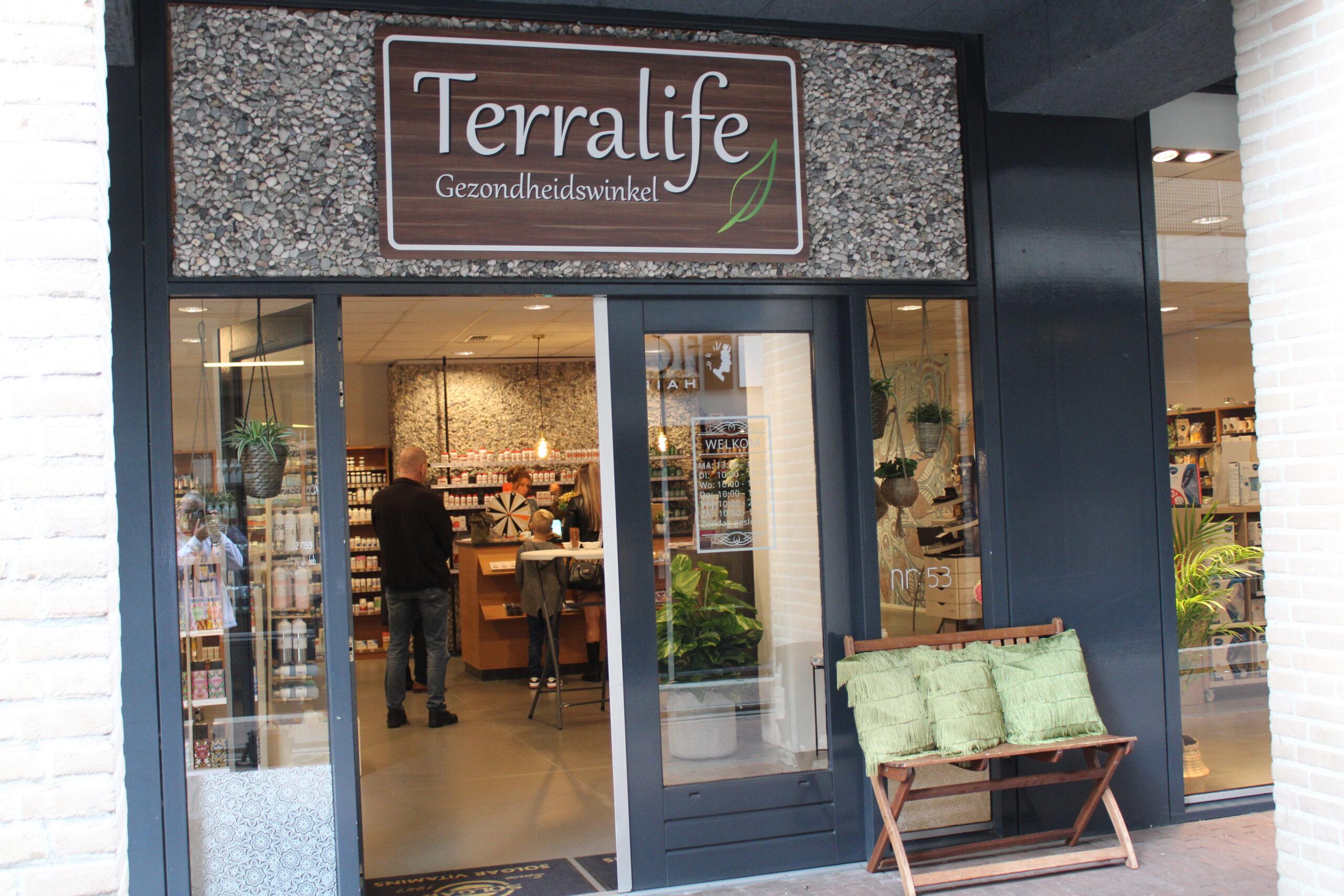 Gezondheidswinkel Terralife na 13 jaar verhuisd