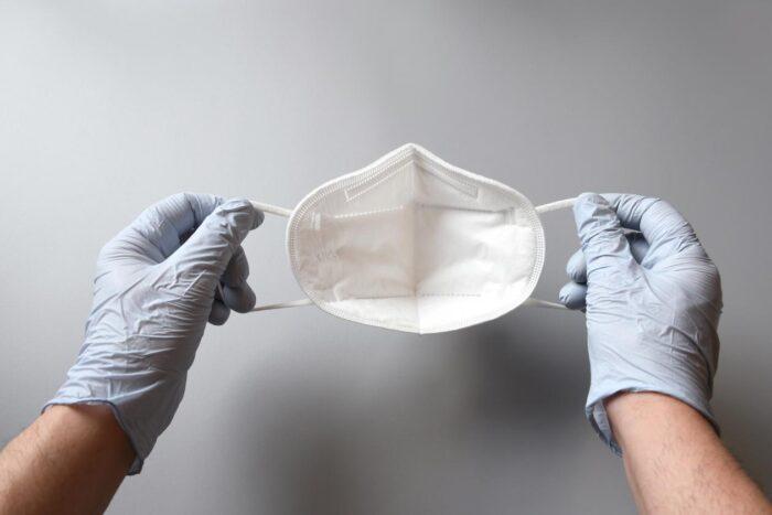 VDL en DSM maken in Helmond medische mondmaskers