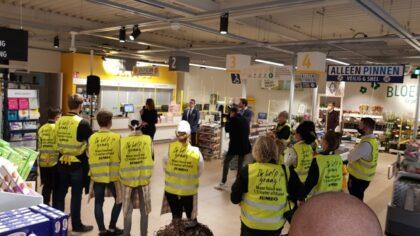Sobere opening van verbouwde supermarkt