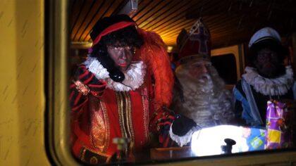 Sinterklaas onderweg naar Helmond (kijk live mee!)