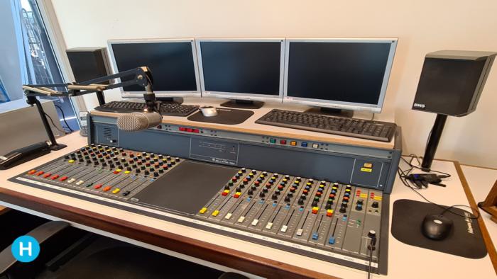 Andere radioprogrammering vanwege avondklok