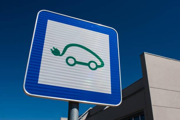 Helmond plaatst op 25 locaties laadpalen elektrische auto's