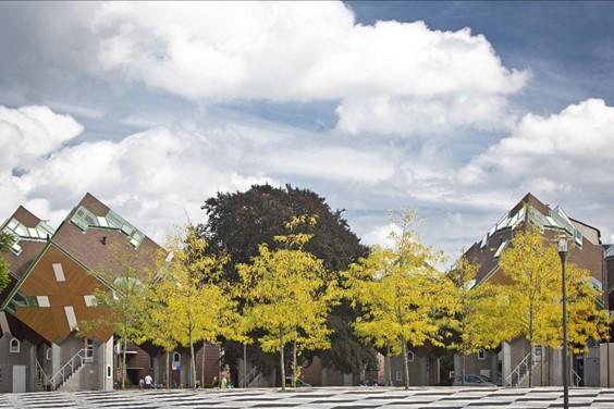 Gedichtenwandeling door het centrum van Helmond