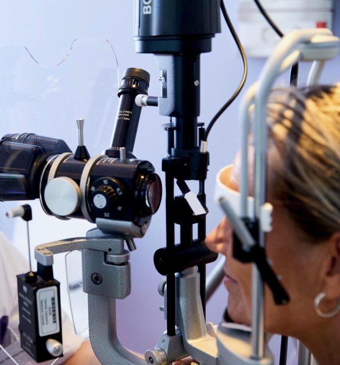 Naar de oogarts of naar de optometrist?