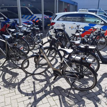 Politie treft partij fietsen aan, waarschijnlijk gestolen