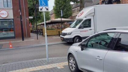 Verkeersbord gehandicaptenparkeerplaats weer terug