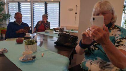 Videobellen tijdens Koffie met een Tablet