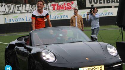 Nog een huldiging Niels Vink: 'Ik had helemaal niks in de gaten'