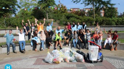 World Clean-up day in het Weverspark