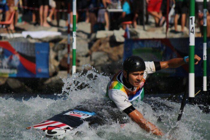 Joris Otten nestelt zich bij wereldtop slalomvaren