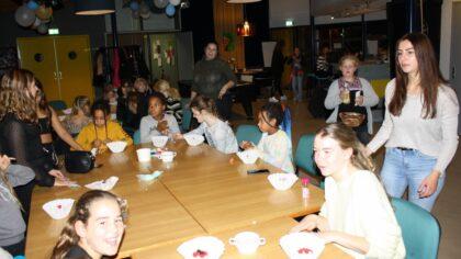 Meidenavond in Tienerhuis is elke keer een feestje